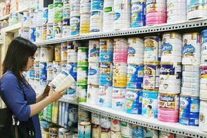 Bộ Tài chính đột ngột muốn giảm thuế suất thuế nhập khẩu ưu đãi với sữa và các sản phẩm từ sữa
