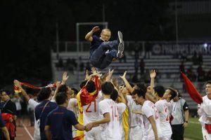 Cảm xúc hạnh phúc của cầu thủ U22 Việt Nam trong chiến thắng lịch sử tại SEA Games