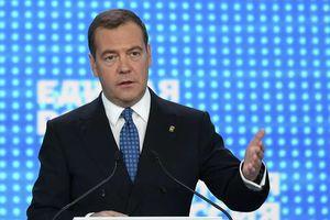 Thủ tướng Medvedev nói đến 'cơn cuồng loạn' chống Nga