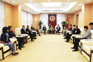 Bộ trưởng Bộ TT&TT Nguyễn Mạnh Hùng: 'K+ sẽ được chọn nhà đầu tư Việt Nam phù hợp để hợp tác sản xuất chương trình tại Việt Nam'
