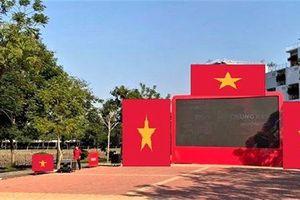 Nhiều đại học lắp màn hình led 'khủng' cổ vũ đội tuyển U22 Việt Nam