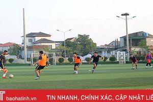 Hồng Lĩnh Hà Tĩnh so tài cùng 4 đội đá V.League trước mùa giải mới