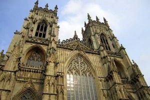 Vẻ đẹp khó cưỡng của nhà thờ York Minster