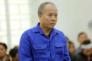 Kẻ thảm sát cả nhà em trai khai gì tại tòa?