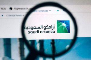Cổ phiếu của Saudi Aramco tăng trần