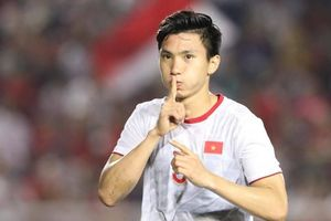 Cuộc gặp 9 năm trước đã tạo ra một ngôi sao cho bóng đá Việt Nam