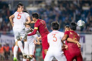 Cay cú, CĐV Indonesia yêu cầu U22 Việt Nam kiểm tra… doping