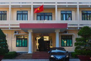 Vì sao con lãnh đạo ở Quảng Ngãi đi du học không về tỉnh làm việc?