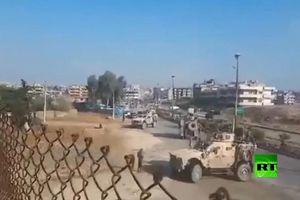 Cận cảnh quân đội Syria chặn đường đoàn xe quân sự Mỹ