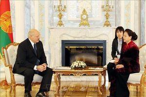 Chủ tịch Quốc hội hội kiến Tổng thống Cộng hòa Belarus