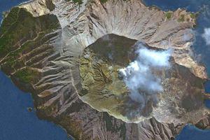Quân đội New Zealand bắt đầu tìm kiếm 8 thi thể mắc kẹt trong núi lửa