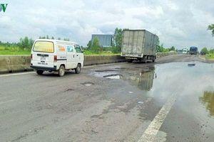 Cống thoát nước tại Quốc lộ 1A không có nắp đậy gây tai nạn chết người
