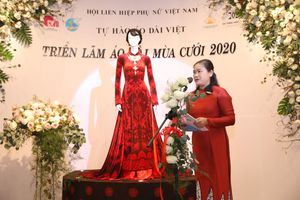Nghệ sĩ Việt, Hội LHPN Việt Nam chung tay quảng bá áo dài Việt
