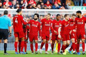 Salah bừng sáng, Liverpool xây chắc ngôi đầu