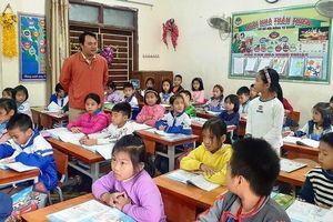 Tuyển dụng đặc cách giáo viên hợp đồng ở Nghệ An