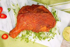 Học đầu bếp cách chiên đùi gà ngoài giòn trong mềm