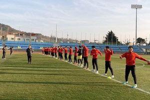 U23 Việt Nam tập nhẹ dưới giá lạnh tại Hàn Quốc