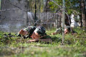 Một ngày huấn luyện của chiến sĩ trinh sát trên quê Bác