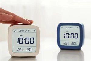 Xiaomi ra mắt đồng hồ thông minh đo nhiệt độ và độ ẩm, giá 8 USD