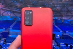Smartphone 3 camera sau, cấu hình 'khủng', pin 4.200 mAh, giá gần 11 triệu