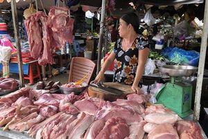 Thịt lợn tới 280.000 đồng/kg, hàng ăn đồng loạt tăng giá