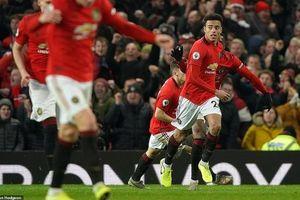 Tài năng trẻ cứu M.U khỏi một trận thua trên sân nhà