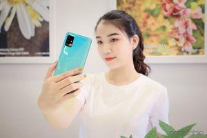 Samsung 2019: Một năm bùng nổ và hái ra tiền từ dòng A