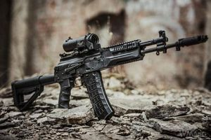 Súng AK-12 của Nga 'ăn đứt' M4 của Mỹ trong điều kiện khắc nghiệt