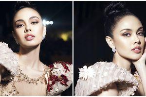 Cựu 'Hoa hậu Thế giới' mặc váy 230 triệu đồng của nhà thiết kế Việt Nam
