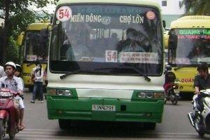 TP.HCM: Tuyến buýt 54 đông khách, vì sao doanh nghiệp xin ngưng hoạt động?