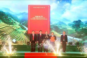 Công bố Nghị quyết thành lập thị xã Sa Pa, Lào Cai