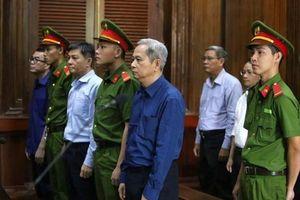 Tiếp tay cho Vũ 'nhôm', cựu Phó Chủ tịch TP Hồ Chí Minh lĩnh 7 năm tù