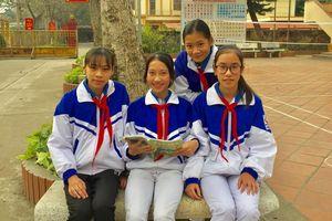 Học sinh Tuyên Quang nhặt được của rơi, trả lại người mất