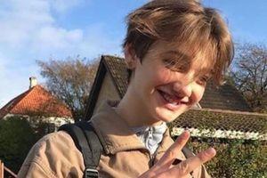 Chàng trai 16 tuổi kêu cứu khi bị dân mạng Việt quấy rối vì đẹp trai