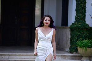 'Con gái Hoài Linh' khoe hình thể bốc lửa khiến fan đứng ngồi không yên