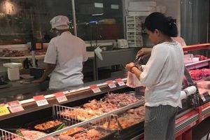 Kiến nghị giữ thuế nhập khẩu gia cầm ở mức 20% trước làn sóng thịt gà nhập khẩu giá rẻ