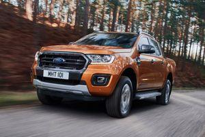 Toyota Hilux, Ford Ranger được bình chọn là xe bán tải tốt nhất 2020