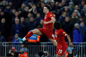 FA Cup: Liverpool thẳng tiến, thầy trò HLV Mourinho gây thất vọng