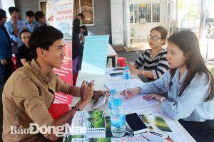 Linh hoạt hỗ trợ việc làm cho người dân vùng dự án sân bay