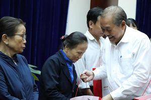 PTT Thường trực tặng quà Tết cho hộ nghèo, nạn nhân CĐDC ở Quảng Nam