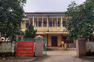 Quảng Bình: Kỷ luật nữ kế toán 'quan hệ' với chánh án ngay tại trụ sở