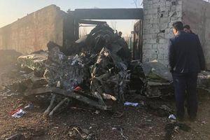 Toàn bộ hành khách và phi hành đoàn thiệt mạng