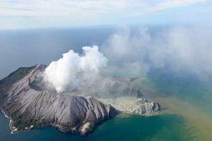 New Zealand: Vì sao không dự đoán được núi lửa phun khiến nhiều người chết?