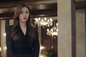 Loạt trang phục đắt xắt ra miếng của Son Ye Jin trong 'Hạ cánh nơi anh' khiến dân tình lóa mắt