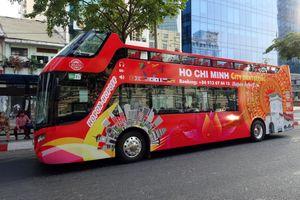 Khai trương tuyến xe buýt du lịch mui trần tham quan TP.HCM