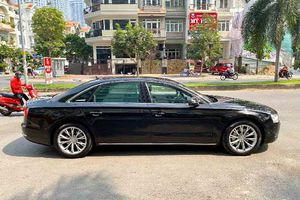 'Soi' Audi A8L đời 2011 giá chỉ hơn 1,3 tỷ ở Sài Gòn