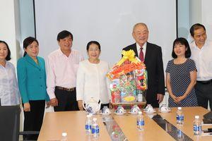 Lãnh đạo Thành ủy TPHCM thăm, chúc tết các đơn vị, doanh nghiệp, cá nhân trên địa bàn thành phố