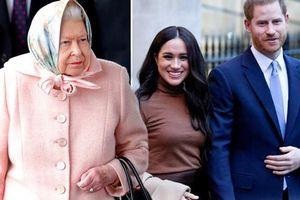Nữ hoàng Anh ra thông báo chính thức quyết định số phận của vợ chồng Meghan Markle trong hoàng gia khiến nhiều người thất vọng