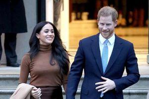 Hoàng tử Harry đau lòng, Meghan lại mở cờ trong bụng khi sắp rời bỏ hoàng gia