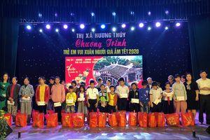 Hương Thủy (Thừa Thiên – Huế): Tặng 300 suất quà tết cho người dân có hoàn cảnh khó khăn
